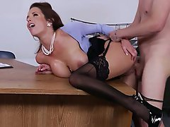 Natalia starr sexy brunette swallows for the fir