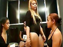 BDSM, Femme dominatrice, Fétichisme des pieds, Lesbién