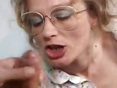 Free granny cumshot videos