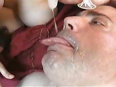 Grands seins, Faciale, Star du porno, À la première personne