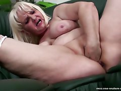 Granny Fisting Sex